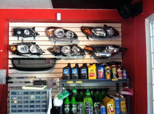 Auto body parts •  Variedad de vent visors •  Baterías de auto •  Focos delanteros y traseros, luces / leds / bombillas / halógenos. •  Parrillas (variedad) •  Gas refrigerante (aire de auto) •  Covers para autos •  Cajas de filtro •  Bonete •  Fenders •  Liners •  Bumpers •  Radiadores •  Condensadores •  Rad support •  Refuerzos •  Retainers •  Parrilla up •  Carrocería •  Productos para Limpieza de Auto •  Piezas Originales y Reemplazos •  Entregas todo PR •  Accesorios para Auto •  Parrilla low •  Cover fog lamps •  Kit de fog lamps •  Varillas de Bonete •  Y más