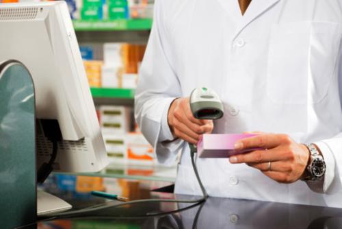 •  Preparamos mezclas farmacéuticas •  Medicamentos para HIV •  Servicio de copia y fax