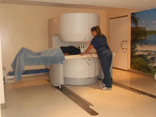 Rayos X Médicos Resonancia Magnética Sonogramas Médicos Especialistas - Radiología