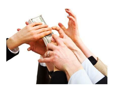 •Divorcios •Pensión alimentaria •Casos de Custodia •Órdenes de Protección •Sucesiones y Herencias •Notaría