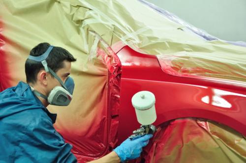Taller de hojalatería y pintura. Estimados computarizados para seguros privados y obligatorios. Pintado en uretano. Reparamos toda clase de autos americanos y europeos compactos y chasis. Conseguimos piezas. Trabajo garantizado.