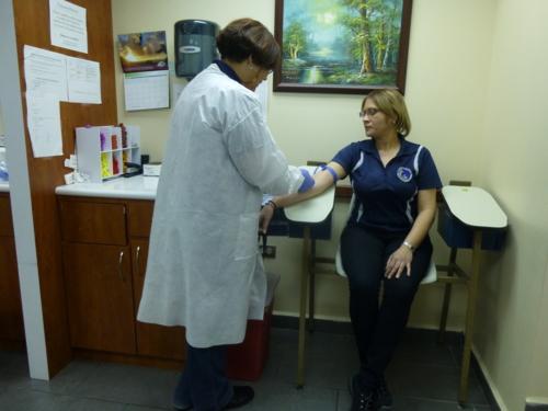 • Visitas al hogar y lugar de trabajo. • Recibo de órdenes médicas electrónicamente. • Pruebas de dopaje, paternidad, influenza, vitamina D, etc.