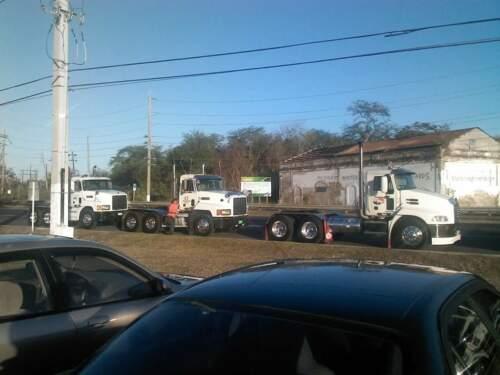 JP Transport Corp. • Carga intra Isla • Carga marítima • Renta/Alquiler de vagones secos y refrigerados • Servicio de vagones • Air Ride y delivery pick up a toda la isla • Carga de transporte general