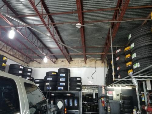Gomas nuevas, gomas usadas, inyecciones, parches, baterias para autos, balanceos, reparacion de aros, reemplazo de válvulas, engrases.
