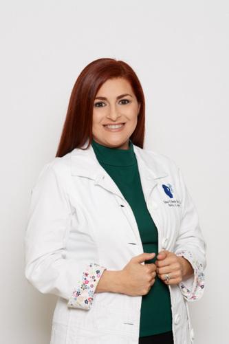-Obstetricia -Ginecología adulta y adolescente -Papanicolaou -Cuidado prenatal -Anticonceptivos -VBAC (parto vaginal después de cesárea) -Esterilización por laparoscopia  ¡Entre muchos otros!