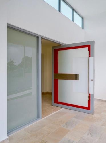 - Venta de Puertas y Ventanas - Ventanas de aluminio a la medida - Puertas de aluminio a la medida - Ventanas seguridad - Puertas seguridad - Closets - Screens - Cortinas de Baños - Se hacen Instalaciones - ¡Se realizan Estimados Gratis!