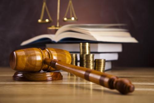 Abogado notario, Casos criminales, Civiles y notaria.