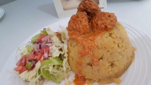 •Comida Vegetariana, Criolla y Saludable