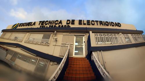 NUESTROS CURSOS: •Técnico Electricista  •Refrigeración y A/C  •Electrónica Avanzada y Automatización  •Diseño e Instalación de Sistemas Fotovoltaicos • Energia Renovable   SEMINARIOS SABATINOS: • PLC •AutoCAD •Preparatorio Perito Electricista • Preparatorio Ayudante Electricista •Curso para Certificación de Sistemas Fotovoltaicos  •Ayudas Económicas disponibles si calificas •Becas Disponibles