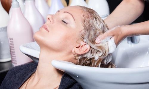 • Shampoo y Blower  • Color y Cambios de Imagen  • Tratamientos hidratantes: Keratina, Botox y Brazilian entre otros  • Uñas: Manicura & Pedicura • Extensiones de cabello • Tratamientos de todo tipo  • Servicios de SPA: Tratamiento Reducción, celulitis, Mesotech con oxigenación entre otros