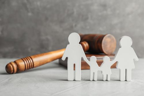 •Abogado de Herencia •Civil •Daños y Perjuicios •Accidentes •Caídas •Notaría •Familia •Divorcios •Pensión Alimentaria •Acta de Hogar Seguro