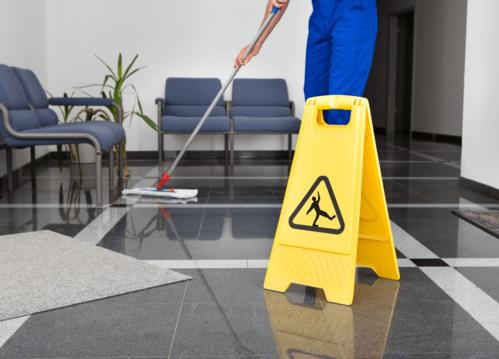 Somos especialistas en sacar manchas difíciles, limpieza de Alfombras a vapor, limpieza de muebles y cortinas, limpieza de conductos de aire, restauración por fuego e inundaciones y limpieza de pisos en cerámica.