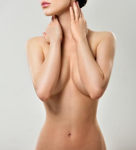 •Cirugía estética de los senos:  Reducción, levantamiento, implantes y corrección de asimetrías  •Cirugía del abdomen:  Miniabdominoplastía y abdominoplastía completa  •Liposucción:  Abdomen, muslos, cintura, cadera, etc.