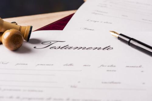 • Affidavits • Escrituras • Divorcios • Alimentos • Cobro de Dinero • Embriaguez • Portación de Armas • Contratos • Declaraciones de Herederos • Expedientes de Dominio • Casos Civiles y Criminales