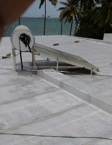 •Mantenimiento de techos •Remodelaciones de baños y cocinas •Lavado a presion de áreas •Mantenimiento de estacionamientos